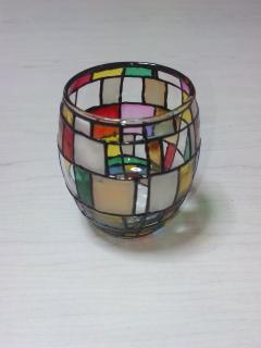100均ガラス絵の具でコップをリメイク