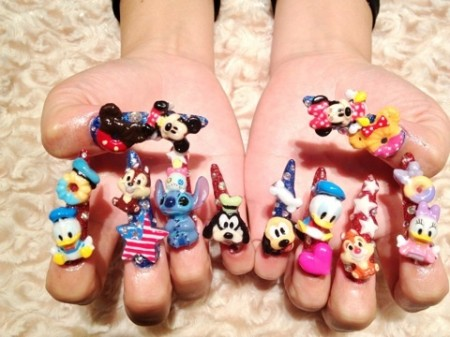 Disney nail photos of Japan7