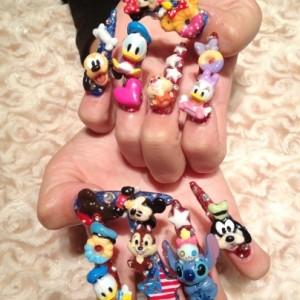 Disney nail photos of Japan