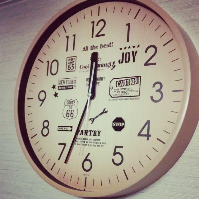 100均ウオールステッカーで時計をリメイク