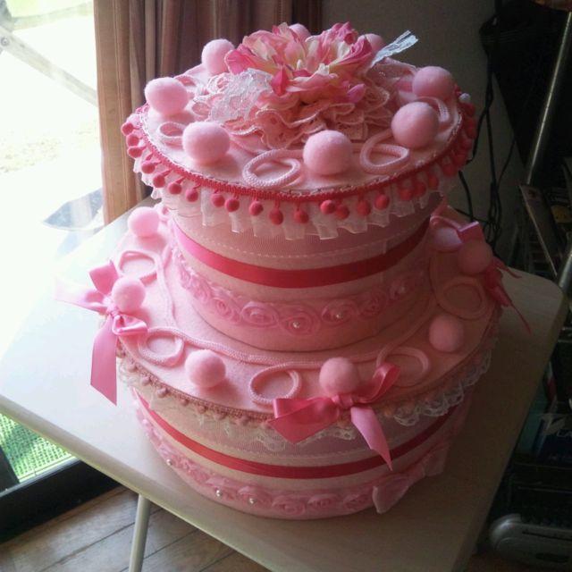 100均の厚紙とフェルトで作った箱のおむつケーキ