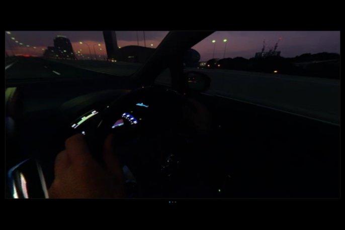 360度動画。TOYOTAsai プロモーショ3