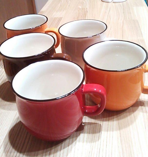 セリアのマグカップ3