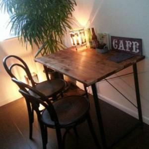ニトリの机をカフェ風にリメイクする方法