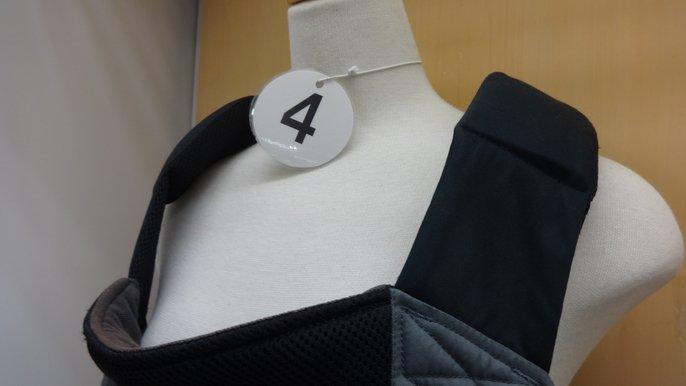 抱っこ紐肩ベルトの比5