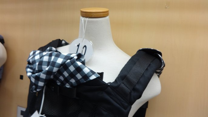 抱っこ紐肩ベルトの比較1