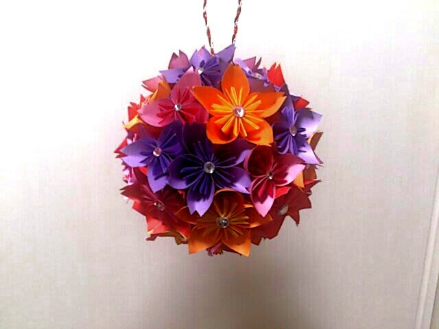 折り紙で作ったボールブーケ