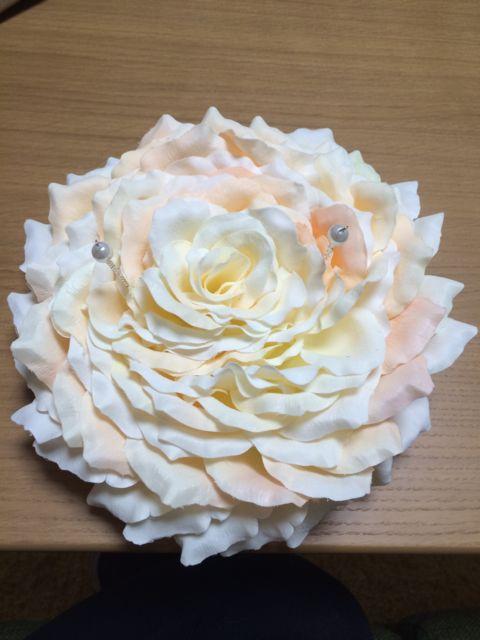 花びらのリングピロー